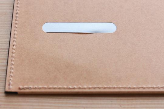 totonoe-Carry Board名刺部分が引っ掛かる