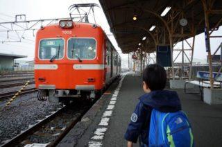 【雨の日の遊び方】子ども(3歳)と意味もなく電車に乗る